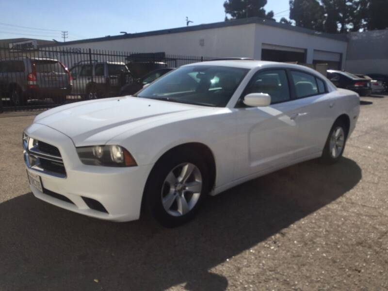 2013 Dodge Charger for sale at Oxnard Auto Brokers in Oxnard CA