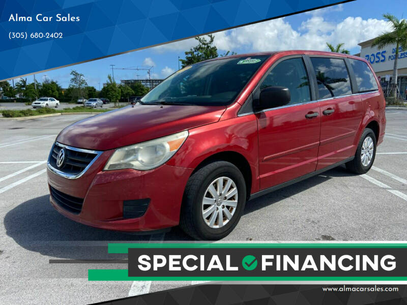 2009 Volkswagen Routan for sale at Alma Car Sales in Miami FL