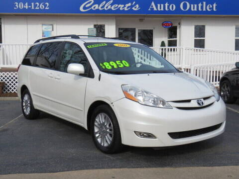 2009 Toyota Sienna for sale at Colbert's Auto Outlet in Hickory NC