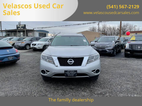 2014 Nissan Pathfinder for sale at Velascos Used Car Sales in Hermiston OR
