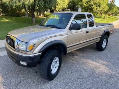 2002 Toyota Tacoma for sale at Donada  Group Inc in Arleta CA