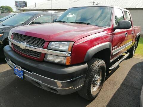 2004 Chevrolet Silverado 2500HD for sale at KRIS RADIO QUALITY KARS INC in Mansfield OH