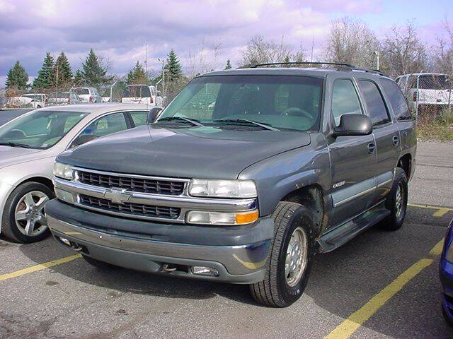 2002 Chevrolet Tahoe for sale at VOA Auto Sales in Pontiac MI