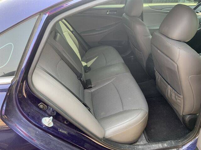 2012 Hyundai Sonata 2.4L SE - Chamberlain SD