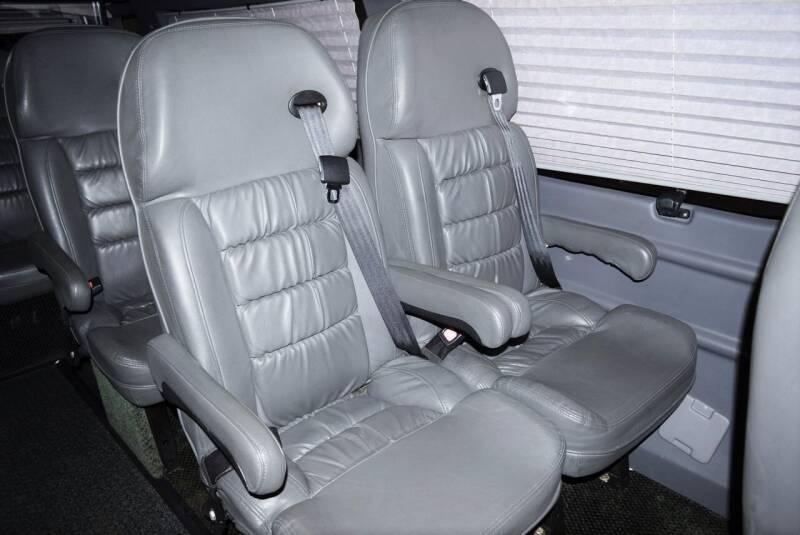 2008 Ford E-Series Cargo E-250 3dr Extended Cargo Van - Houston TX