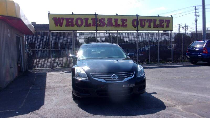 2010 Nissan Altima for sale at LONG BROTHERS CAR COMPANY in Cleveland OH