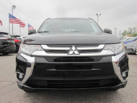 2018 Mitsubishi Outlander for sale at T & D Motor Company in Bethany OK