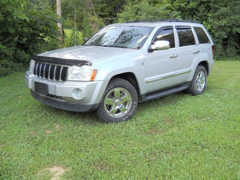 2006 Jeep Grand Cherokee for sale at BARKER AUTO EXCHANGE in Spencer IN