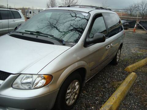 2002 Dodge Caravan for sale at Branch Avenue Auto Auction in Clinton MD