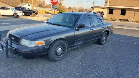 2005 Ford Crown Victoria for sale at West Richland Car Sales in West Richland WA