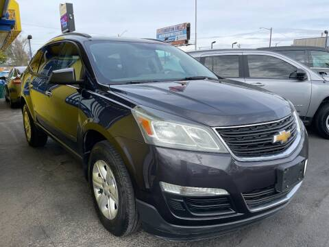 2014 Chevrolet Traverse for sale at New Wave Auto Brokers & Sales in Denver CO