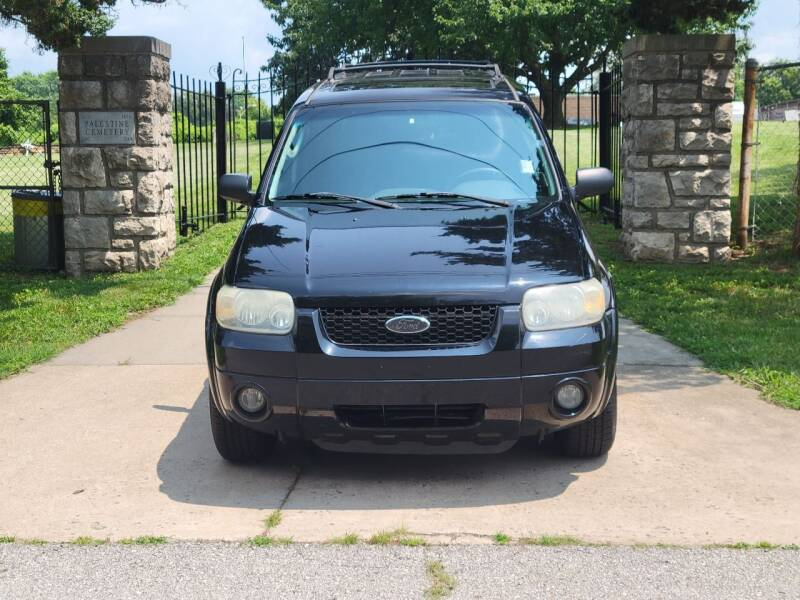 2006 Ford Escape Hybrid for sale at Blue Ridge Auto Outlet in Kansas City MO