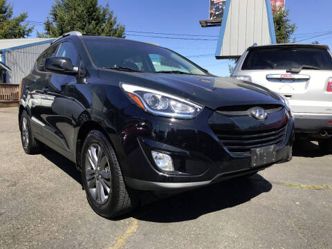 2015 Hyundai Tucson for sale at Autos Cost Less LLC in Lakewood WA