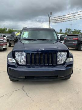 2012 Jeep Liberty for sale at A & V MOTORS in Hidalgo TX