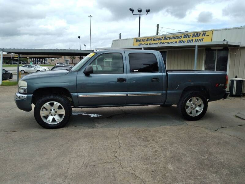 2006 GMC Sierra 1500 for sale at Taylor Trading Co in Beaumont TX