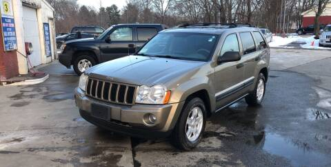 2005 Jeep Grand Cherokee for sale at Barga Motors in Tewksbury MA