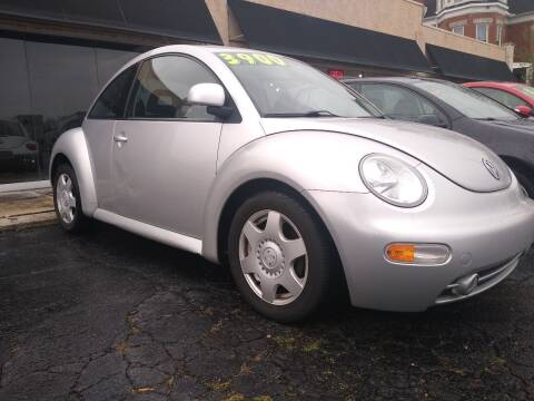 1998 Volkswagen New Beetle for sale at Town Motors in Hamilton OH