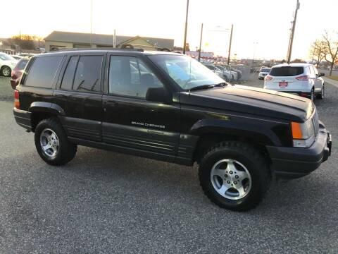 1997 Jeep Grand Cherokee for sale at Mr. Car Auto Sales in Pasco WA