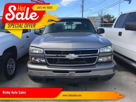 2007 Chevrolet Silverado 1500 Classic for sale at Ricky Auto Sales in Houston TX