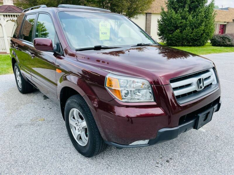 2007 Honda Pilot for sale at CROSSROADS AUTO SALES in West Chester PA