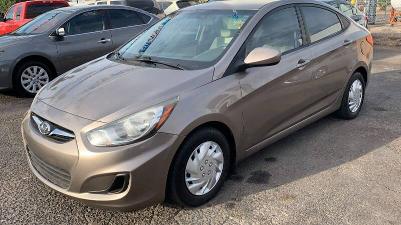 2013 Hyundai Accent for sale at 911 AUTO SALES LLC in Glendale AZ