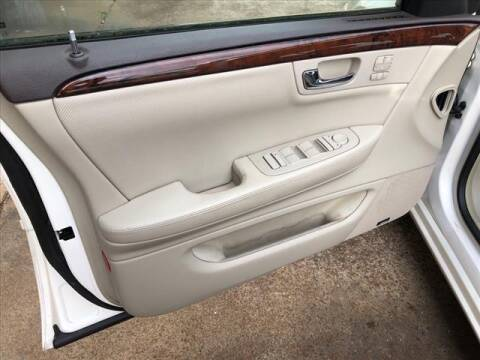 2011 Cadillac DTS for sale at CAR MART in Union City TN