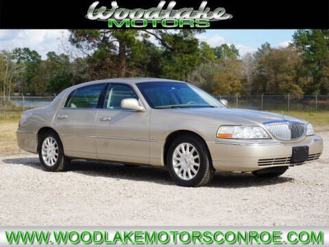 2007 Lincoln Town Car for sale at WOODLAKE MOTORS in Conroe TX