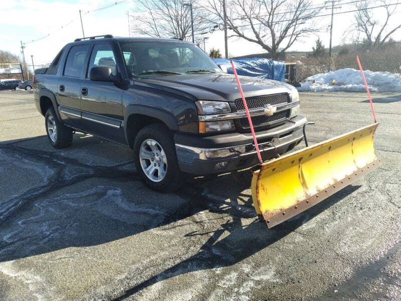 2004 Chevrolet Avalanche for sale at Jan Auto Sales LLC in Parsippany NJ