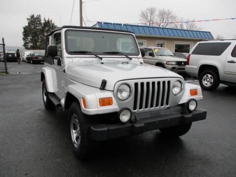 2003 Jeep Wrangler for sale at Supermax Autos in Strasburg VA