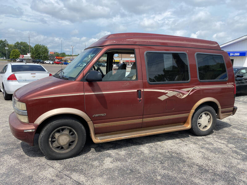 1998 Chevrolet Astro for sale at Augusta Motors Inc in Indianapolis IN