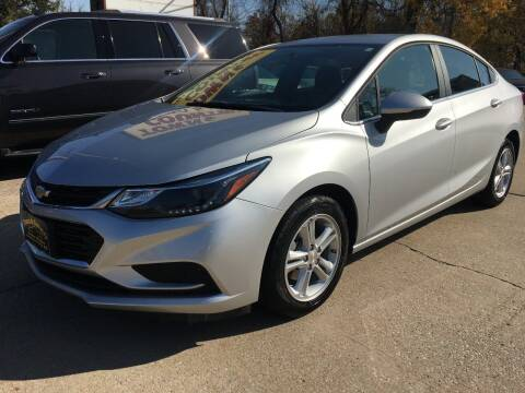 2018 Chevrolet Cruze for sale at Town and Country Auto Sales in Jefferson City MO