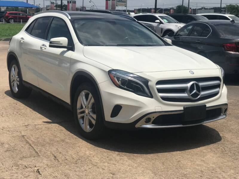 2015 Mercedes-Benz GLA for sale at Discount Auto Company in Houston TX