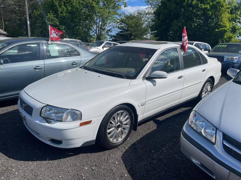 2004 Volvo S80 for sale at Car VIP Auto Sales in Danbury CT