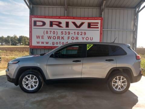 2015 Jeep Cherokee for sale at Drive in Leachville AR