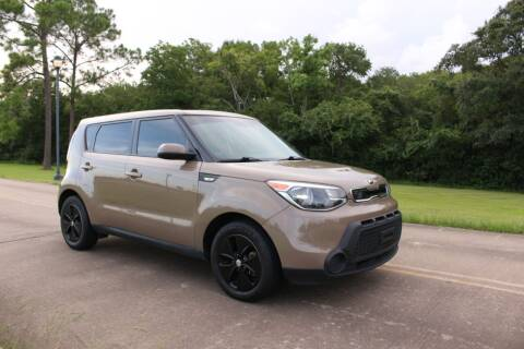 2014 Kia Soul for sale at Clear Lake Auto World in League City TX