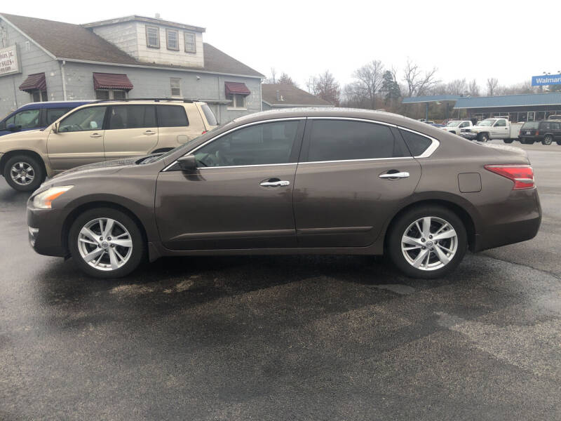 2013 Nissan Altima for sale at Village Motors in Sullivan MO