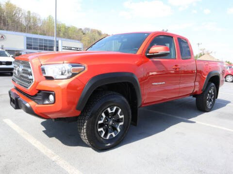 2017 Toyota Tacoma for sale at RUSTY WALLACE KIA OF KNOXVILLE in Knoxville TN