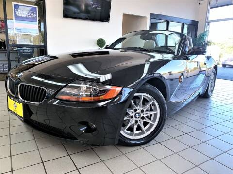 2003 BMW Z4 for sale at SAINT CHARLES MOTORCARS in Saint Charles IL