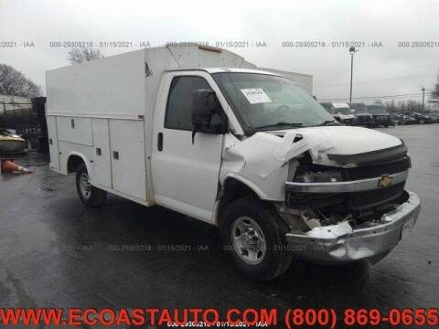 2013 Chevrolet Express Cutaway for sale at East Coast Auto Source Inc. in Bedford VA