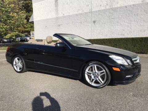 2013 Mercedes-Benz E-Class for sale at Select Auto in Smithtown NY