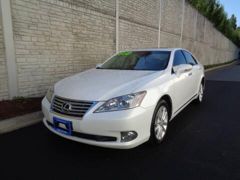 2011 Lexus ES 350 for sale at Matthews Motors LLC in Algona WA