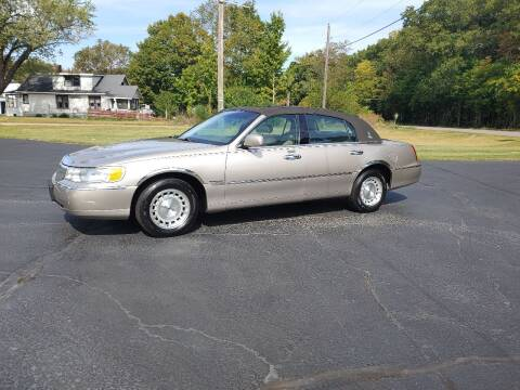 1999 Lincoln Town Car for sale at Depue Auto Sales Inc in Paw Paw MI