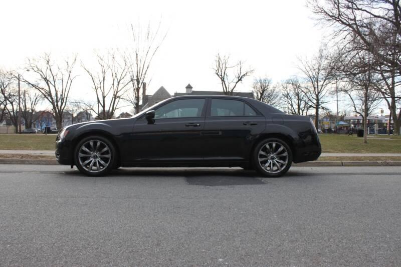2014 Chrysler 300 for sale at Lexington Auto Club in Clifton NJ