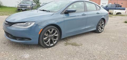 2015 Chrysler 200 for sale at BROTHERS AUTO SALES in Eagle Grove IA