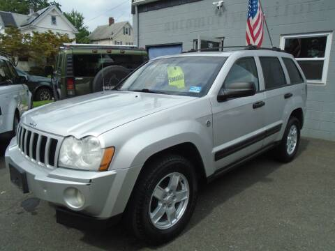 2005 Jeep Grand Cherokee for sale at Greg's Auto Sales in Dunellen NJ