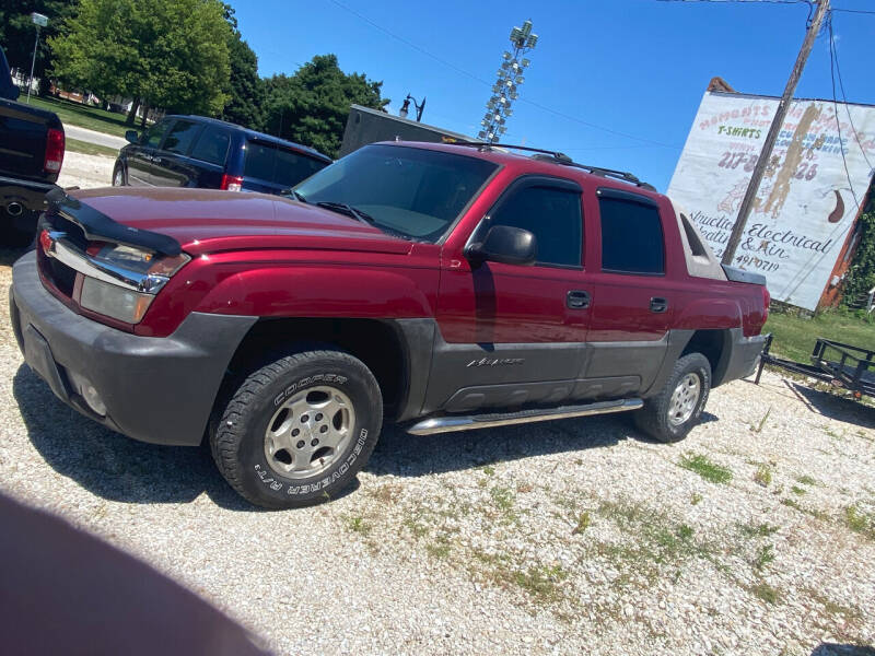 2005 Chevrolet Avalanche for sale at J2 WHEELS UNLIMITED in Griggsville IL