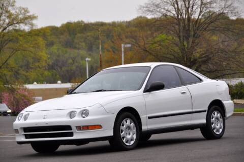 1994 Acura Integra for sale at T CAR CARE INC in Philadelphia PA