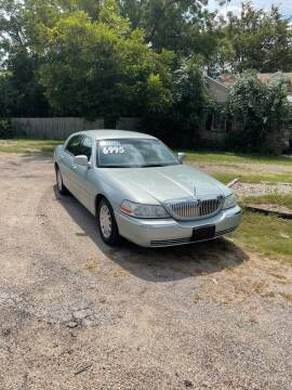 2007 Lincoln Town Car for sale at Holders Auto Sales in Waco TX