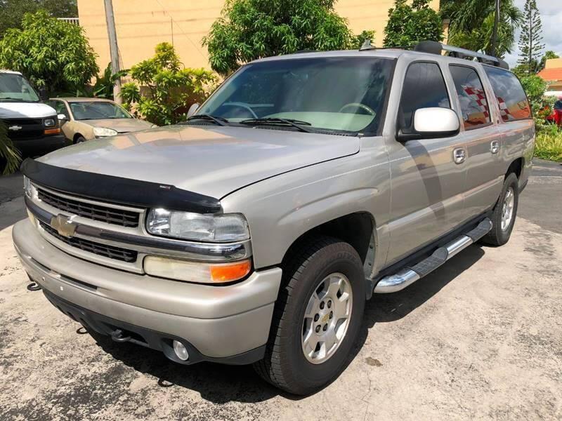2006 Chevrolet Suburban for sale at Global Motors in Hialeah FL