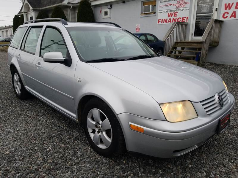 2003 Volkswagen Jetta for sale at Reyes Automotive Group in Lakewood NJ